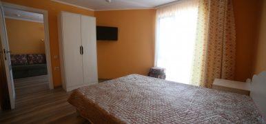 4-х местный 3-х комнатный номер с балконом в Ейске цены (комфорт)